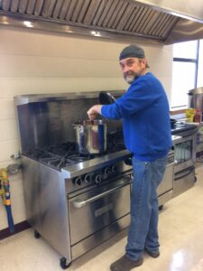 Soup kitchen and Sunday supper: St. Andrew's Church works to build community