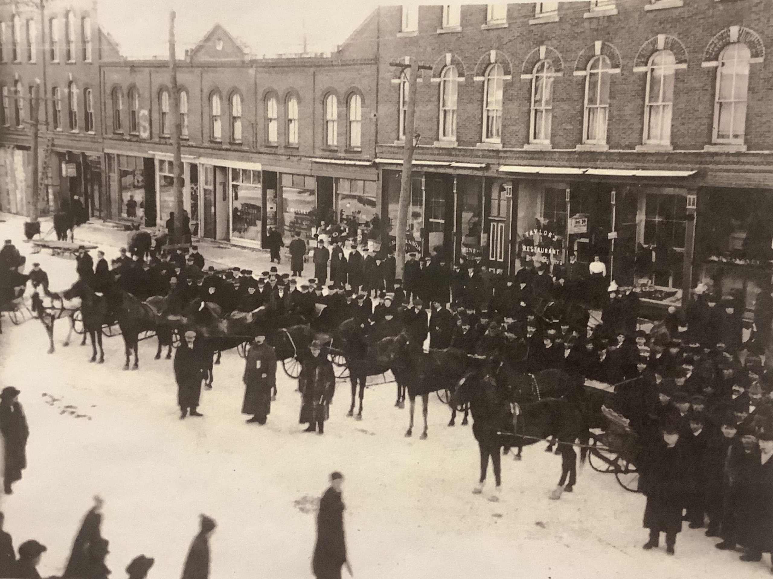 'A Great Event:' The Lindsay winter carnival of 1912-1917