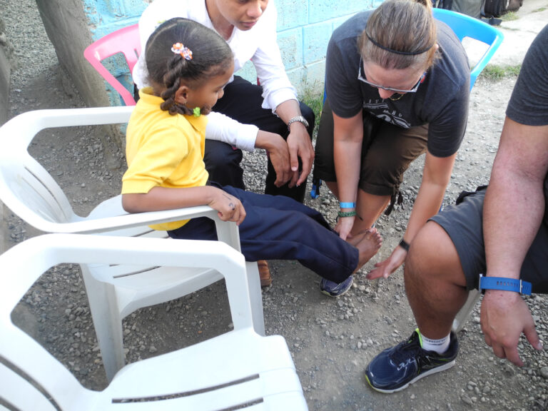 Janice Carr in the Dominican Republic with Soles 4 Souls